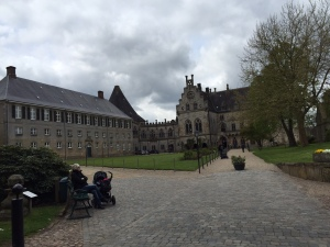 Burg7